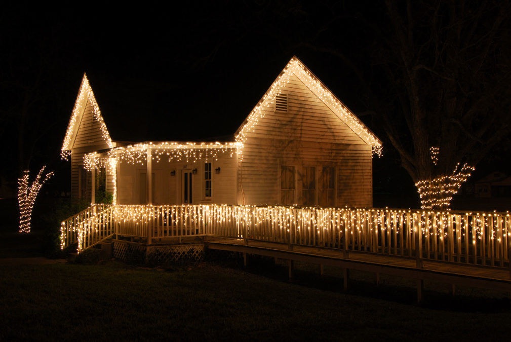 Dekoracja domu z lampek
