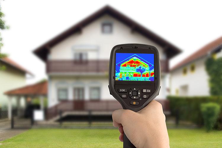 Pomiar kamerą termoizolacyjną