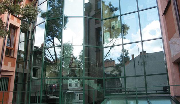 Sichere Aluminiumfassade