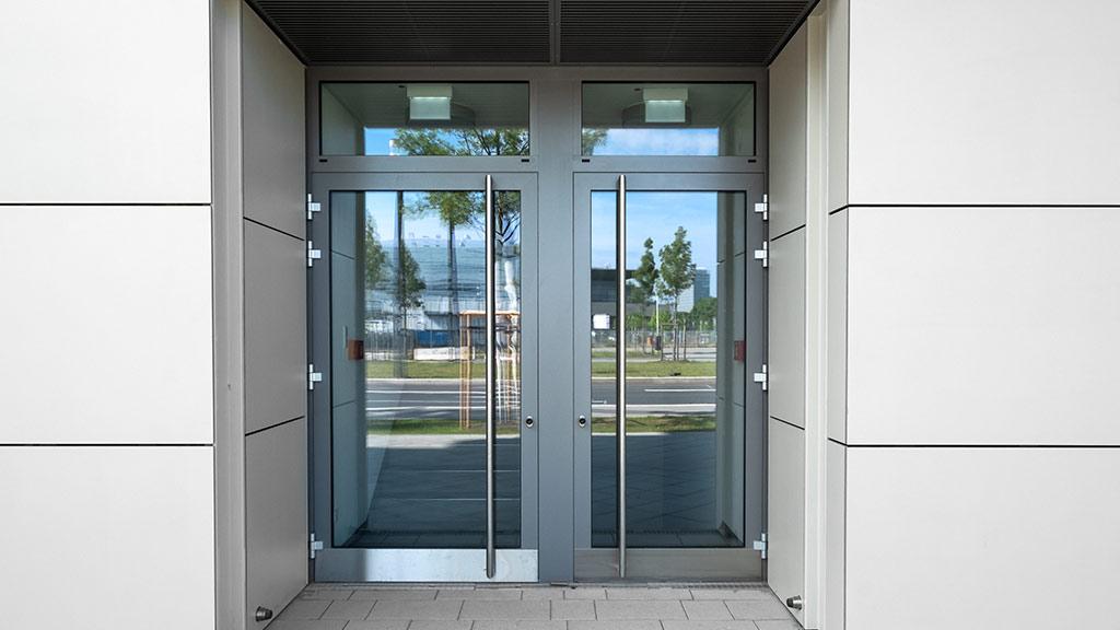 Aluminiumtüren für das Büro