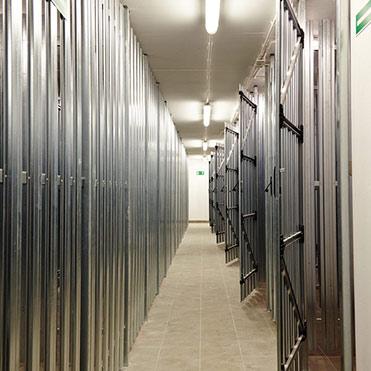 Lagerräume in unterirdischen Garagen