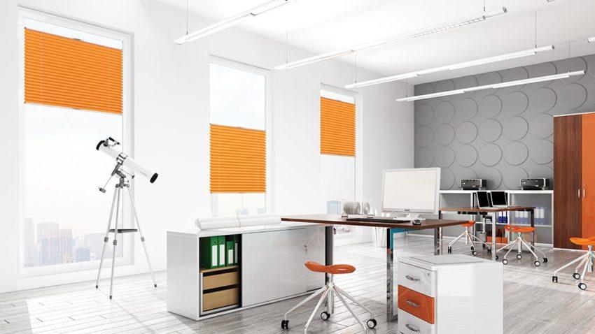Rolety plisowane pomarańczowe do biura